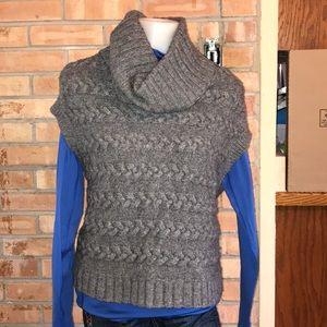 BANANA REPUBLIC COWL NECK SWEATER VEST LAMBSWOOL M